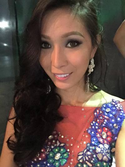 lucy 36 years Chai Nat Thailand